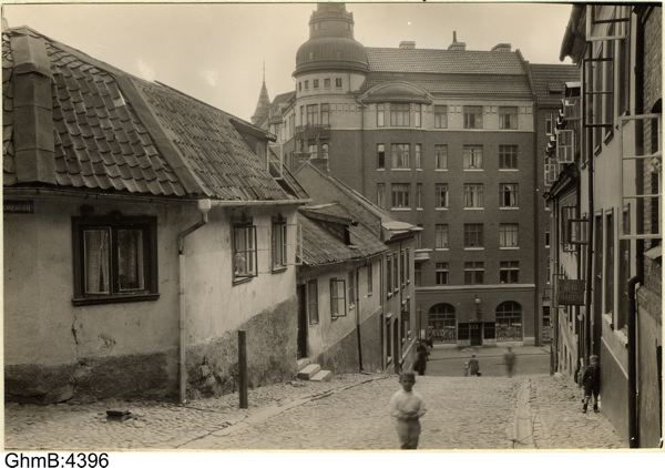 Södra Liden 26 med Drottning Kristinas Jaktslott 1929. Göteborgs stadsmuseum. Foto: A.Lindskog.