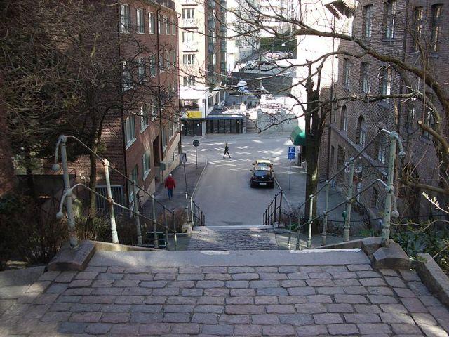 Luntantugatan - trapporna från Hvitfeltsgatan